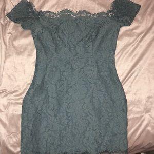 Off the Shoulder Lace Tobi Dress